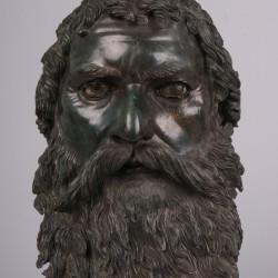 Tête de Seuthès III exposée au Louvre dans l'Épopée des Thraces