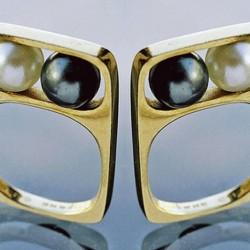 Bague en or jaune créée en 1967pour Pierre Cardin.