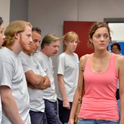 Marion Cotillard dans le nouveau film des frères Dardenne «Deux jours, une nuit». En salle le 21 mai 2014.