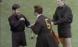 Euro 2012. Allemagne-Grève revu et corrigé par les Monty Python