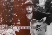 En Avent la musique avec Discograph, un jour, un titre : Angus Stone