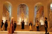 De Napoléon au « Cinquième élément », Moulins déshabille le pouvoir